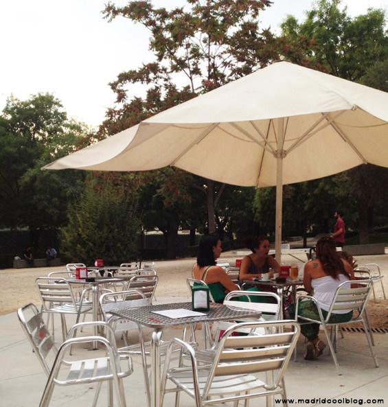 MADRID COOL BLOG quiosco de la reina terraza embajadores cañas barbacoa tabacalera parque rastro la latina