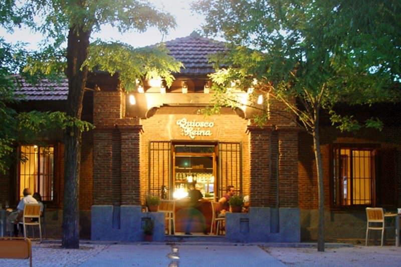 QUIOSCO-DE-LA-REINA-fachada-G
