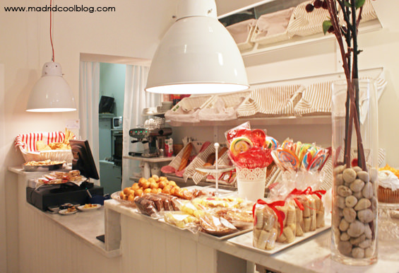 MADRID COOL BLOG marias bakery chamberi pancomido pastelerías francesas cuquis croissants muffins cupcakes tarta de zanahoria cream bakery madrid diferente y yo
