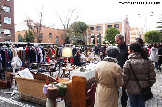 Mercadillo de segunda mano en el Mercado de Motores en Madrid. Foto de www.madridcoolblog.com