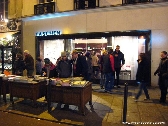 Tienda de Taschen en París. Foto de www.madridcoolblog.com libros