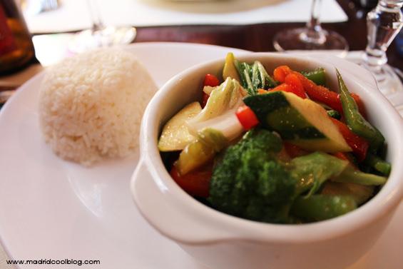 Verduras salteadas en el restaurante Siam. Foto de www.madridcoolblog.com