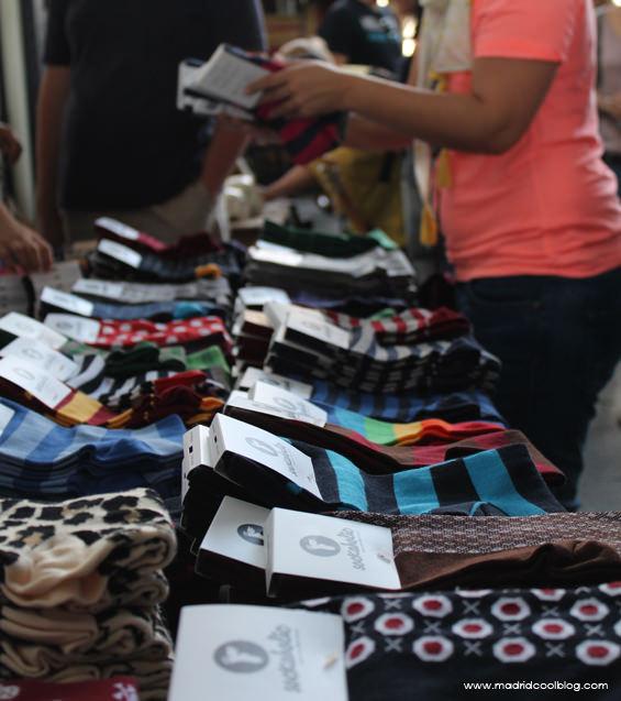 Calcetines de Shockaholic en el Mercado de Motores. Foto de www.madridcoolblog.com