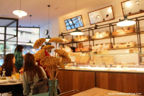 Interior de Miga Bakery. Foto de www.madridcoolblog.com