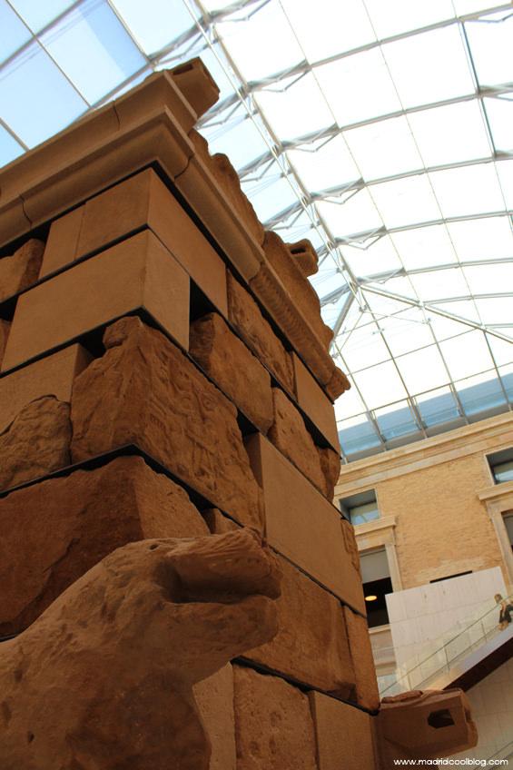 madrid cool blog, man, museo arqueologico nacional, madrid, monumento, pozo moro