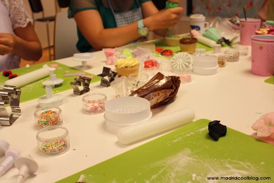 madrid cool blog, maria mirabelli, taller, cupcakes, tartas, fondant, decoración