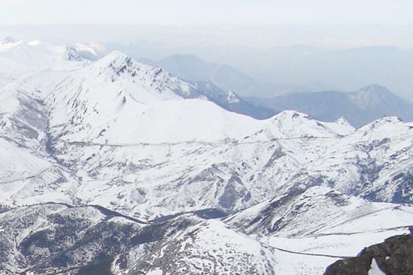 Escapada invernal: deportes de invierno en Los Pirineos.