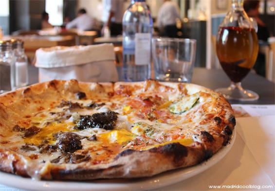 Ôven Mozzarella Bar. Pizzas al horno en Fuencarral.