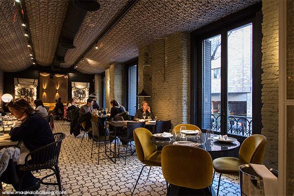 Restaurante Random y Anónimo Club. Elegancia en Almagro.