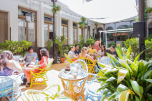 Casa Corona. La terraza secreta del verano en Chueca.