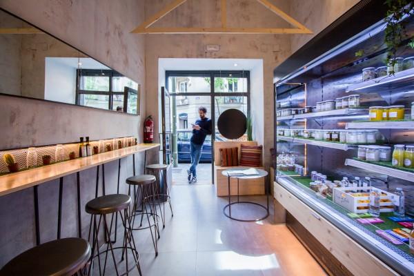 Bio in the Bowl. Zumos ecológicos y comida veggie take-away en Alonso Martínez.