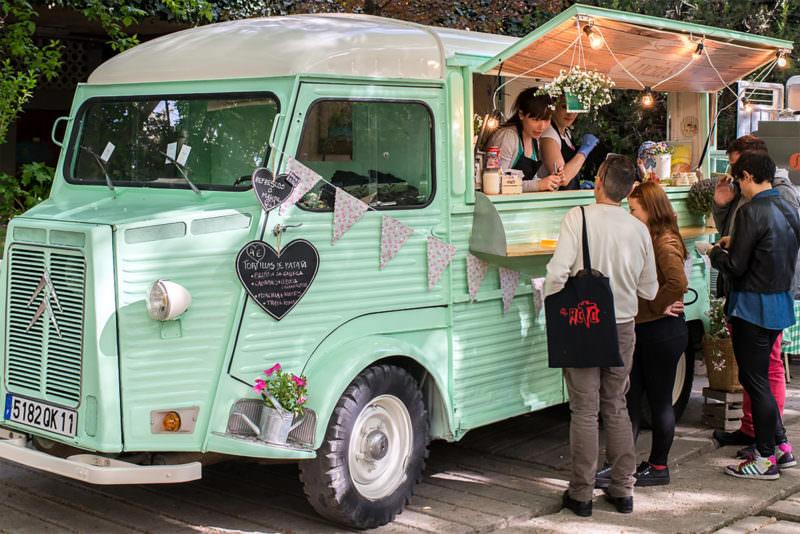 Expo Food Trucks en Nuevos Ministerios.