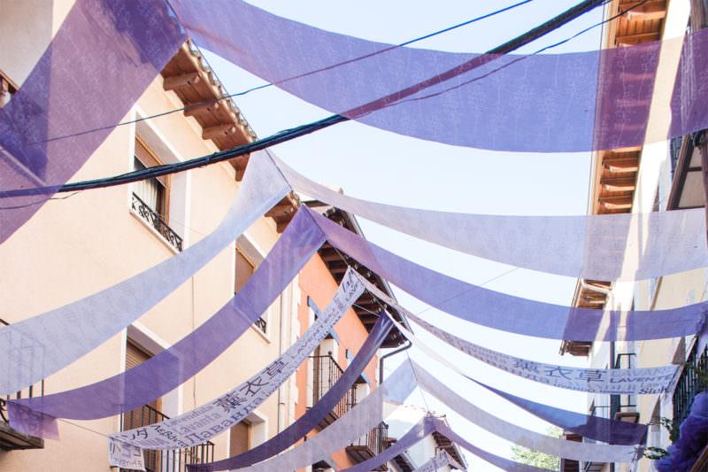 MADRID-COOL-BLOG-BRIHUEGA-cintas-moradas
