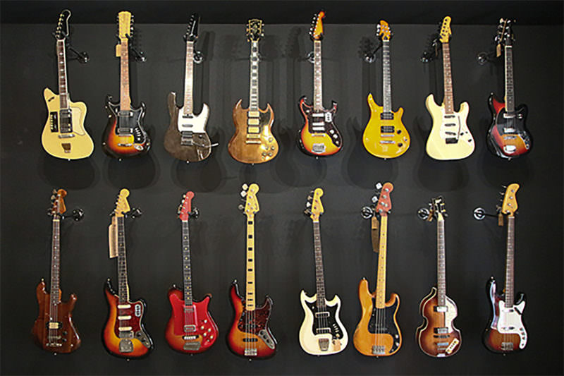 MADRID-COOL-BLOG-HEAD-BANGER-guitarras-G
