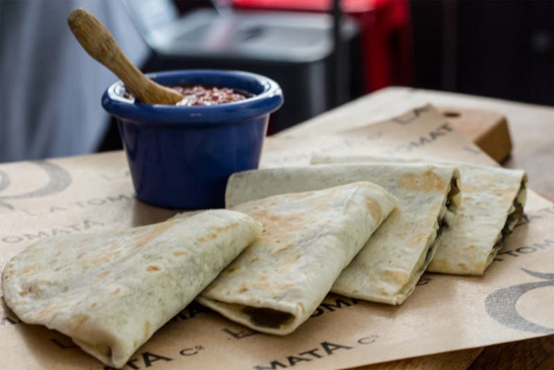 MADRID-COOL-BLOG-LA-TOMATA-quesadillas-G