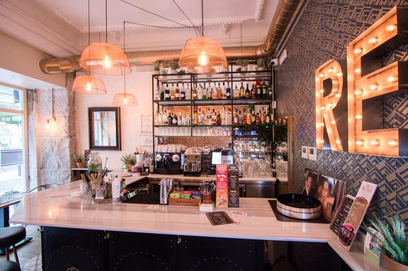 MADRID-COOL-BLOG-REINA-DELI-BAR