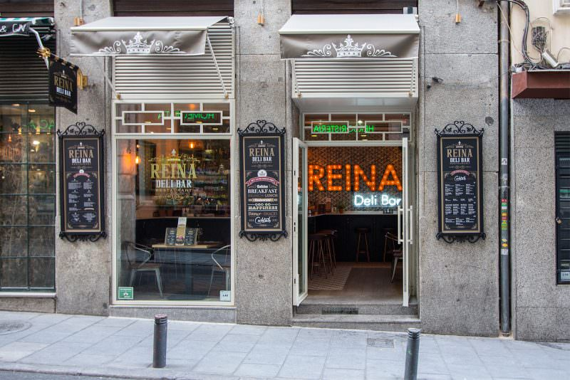 MADRID-COOL-BLOG-REINA-DELI-BAR-fachada