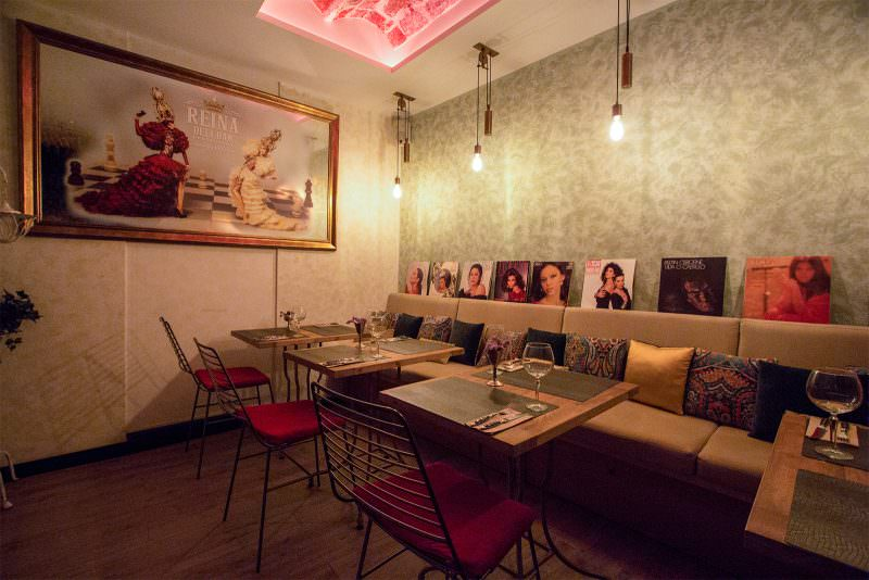 MADRID-COOL-BLOG-REINA-DELI-BAR-reservado