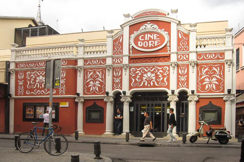 MADRID-COOL-BLOG-CINE-DORÉ-fachada-G