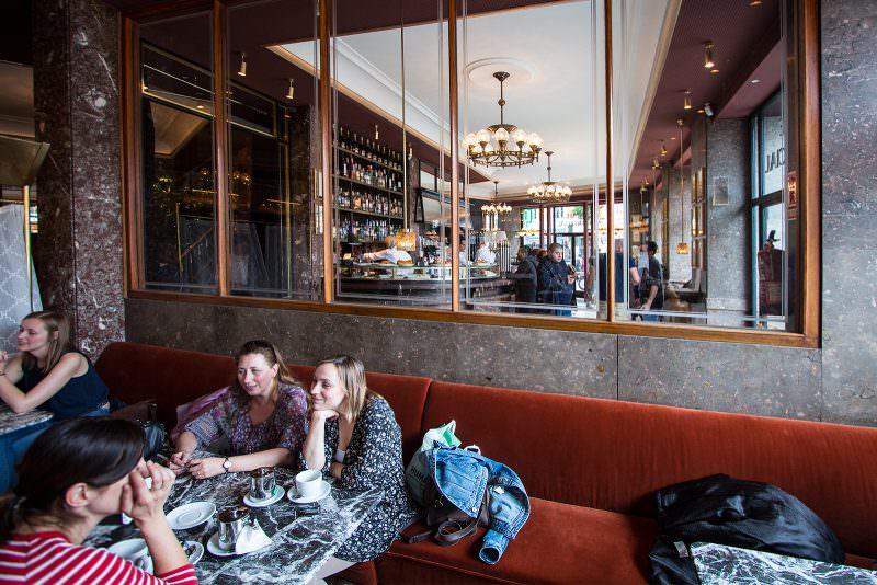 MADRID-COOL-BLOG-CAFE-COMERCIAL-ventana-G