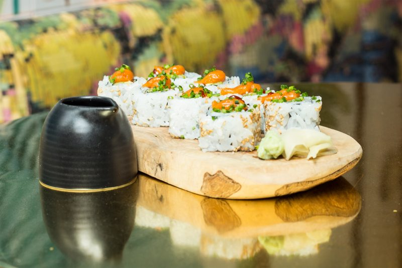 MADRID-COOL-BLOG-ZAPEROCO-uramaki-salmon-G