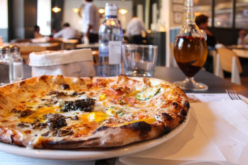 MADRID-COOL-BLOG-OVEN-MOZZARELLA-pizza-G