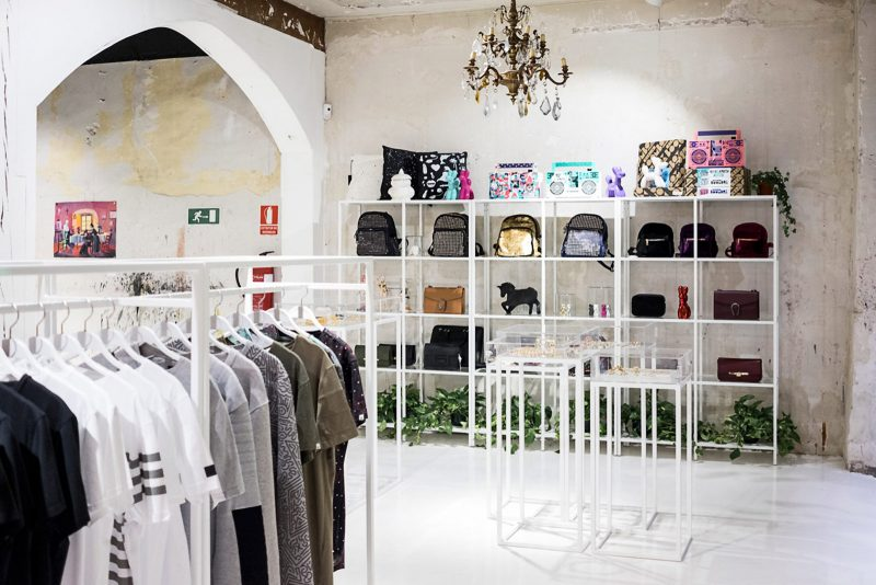 METAL-MAGAZINE-AMEN-MADRID-interior-G