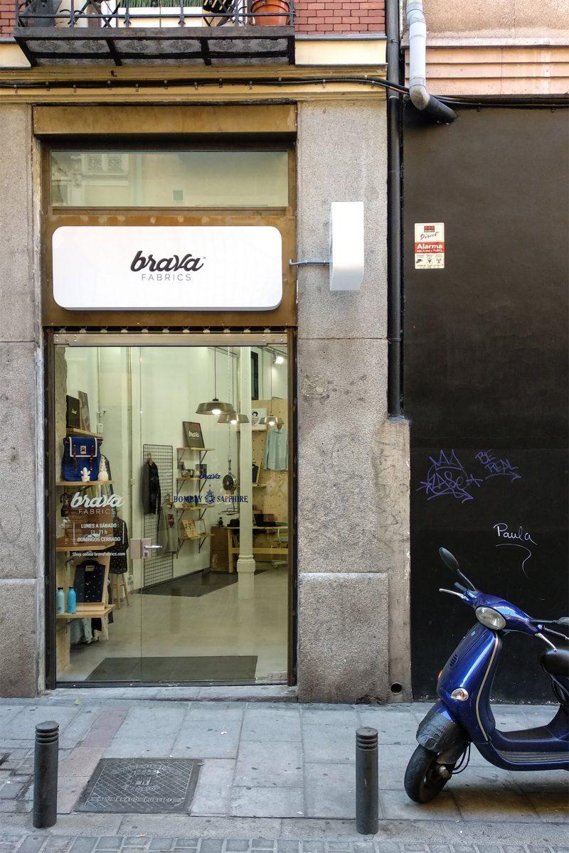 Brava Fabrics abre en Malasaña con un diseño exclusivo de