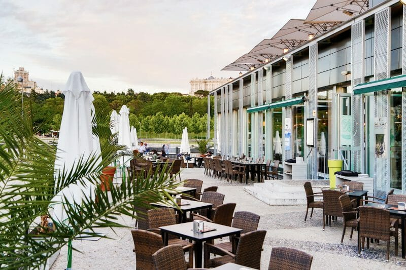 CAFE-DEL-RIO-terraza-01-G