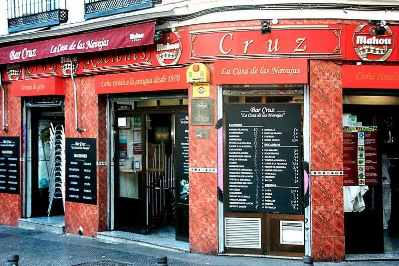 Bar Cruz, La Casa de las Navajas.