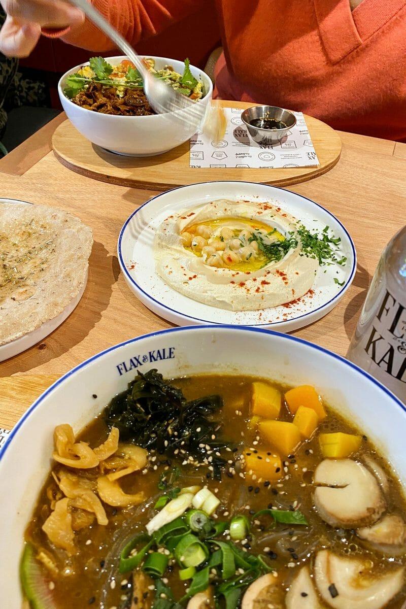 Comida de Flax & Kale. Foto de Madrid Cool Blog.